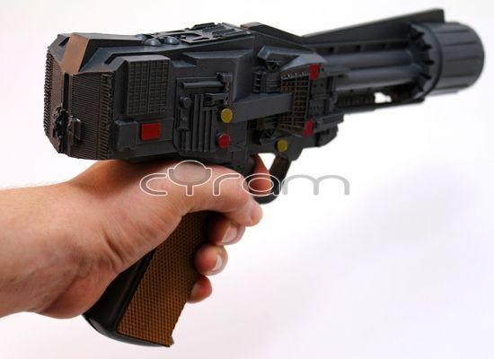 Battlestar Galactica / Kampfstern Galactica: Klassik Colonial Warrior Blaster Pistole