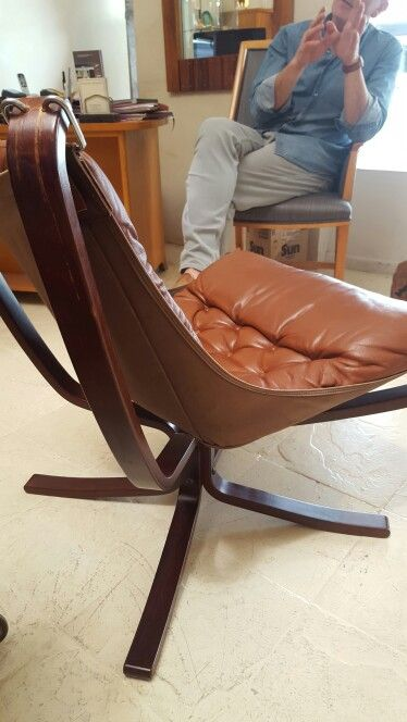 2 falcon chairs