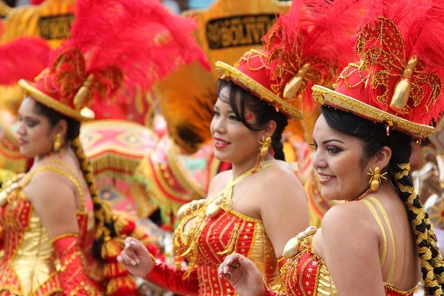 Carnaval de Oruro 2011, Bolivia by AndreZ, via Flickr