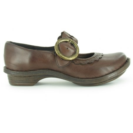 More great Tsonga products ... local, well-made, community shoes