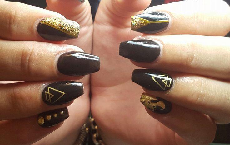 Black and gold ballerina acrylic nail design