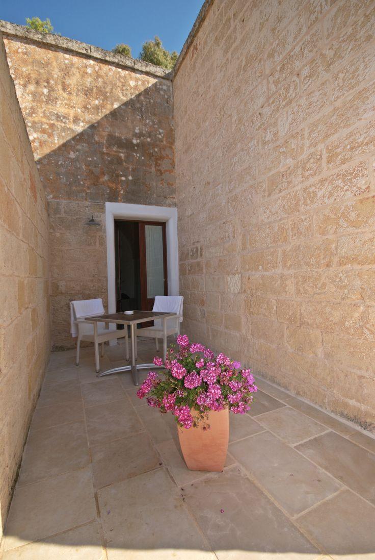 Intima corte privata - Cozy private courtyard #cozy #courtyard #room #masseriacordadilana #masseria #doubleroom #hotel #familyhotel #travel