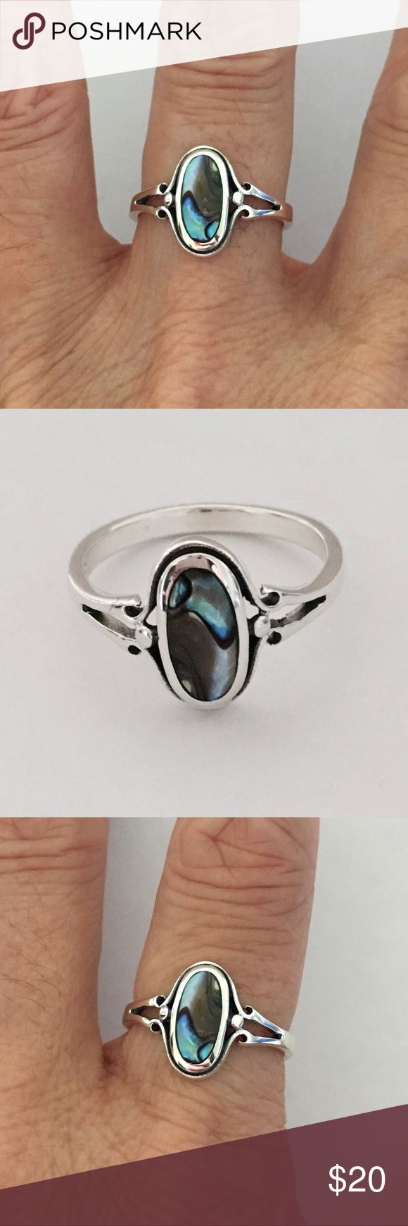 Sterling Silver Oval Abalone Ring Sterling Silver Oval Abalone Ring, Pinky Ring, Index Ring, Thumb Ring, 925 Sterling Silver, Stone Abalone, Face Height 14 mm Jewelry Rings