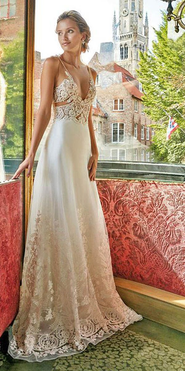 jeweled vintage wedding dresses via solo merav - Deer Pearl Flowers / http://www.deerpearlflowers.com/wedding-dress-inspiration/jeweled-vintage-wedding-dresses-via-solo-merav/