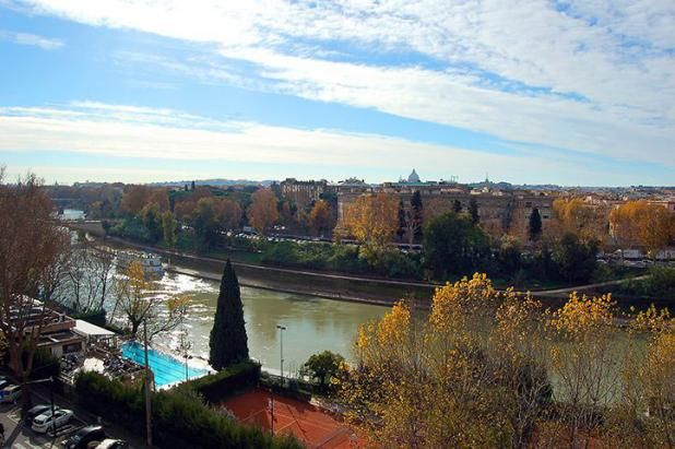 Lungotevere Terrace Amazing View - Rome Apartments http://www.romesweethome.com/Lungotevere-Terrace-Amazing-View.html