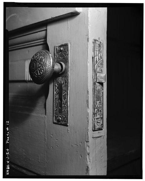 File:Historic American Buildings Survey, P. Kent Fairbanks, Photographer June, 1967 CLASSROOM DOORKNOB. - Fremont School, 139 South Second West Street, Salt Lake City, Salt Lake HABS UTAH,18-SALCI,7-9.tif