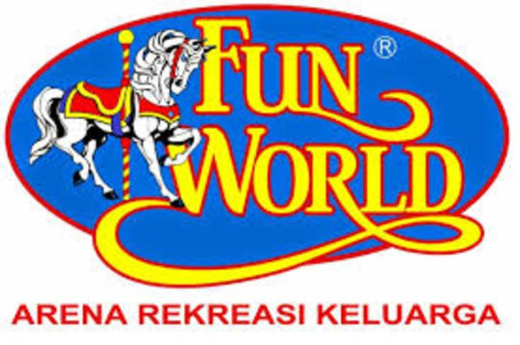 PT Funworld Prima  Job Title Crew Fun & Fit Yogyakarta  Location  Bausasran  Yogyakarta  Yogyakarta  Job Level Executive/Staff  Industry Media / Publishing / Printing  Education High School / Vocational School  Salary Level  Rp. 0 Rp. 100.000.000  Experience  0 Year 50 Years  Job Role General / Production Workers  Job Type Full Time  Job Description   Melayani customer yang akan bermain  Mengoperasikan mesin permainan  Membantu customer yang kesulitan dalam bermain  Job Requirement   Usia…