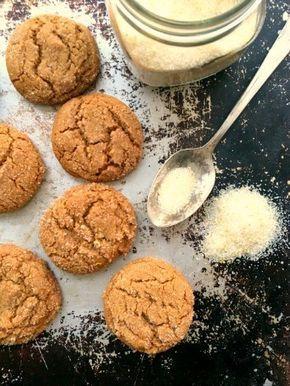 Biscuits à la mélasse façon boulangerie Donne une vingtaine de biscuits ½ tasse de beurre ⅓ tasse de sucre ¼ tasse de cassonade foncée (tassée) ⅓ tasse de mélasse Grandma 1 œuf 2 tasses de farine remplie à la cuillère 2 c. à thé de bicarbonate de soude 1½ c. à thé de cannelle 1 …