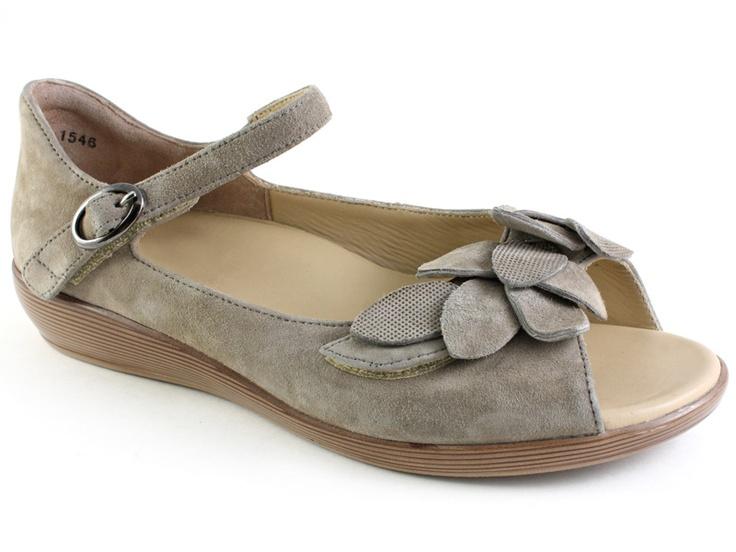 Ziera Dizzy Women S Closed Heel Sandal Casual