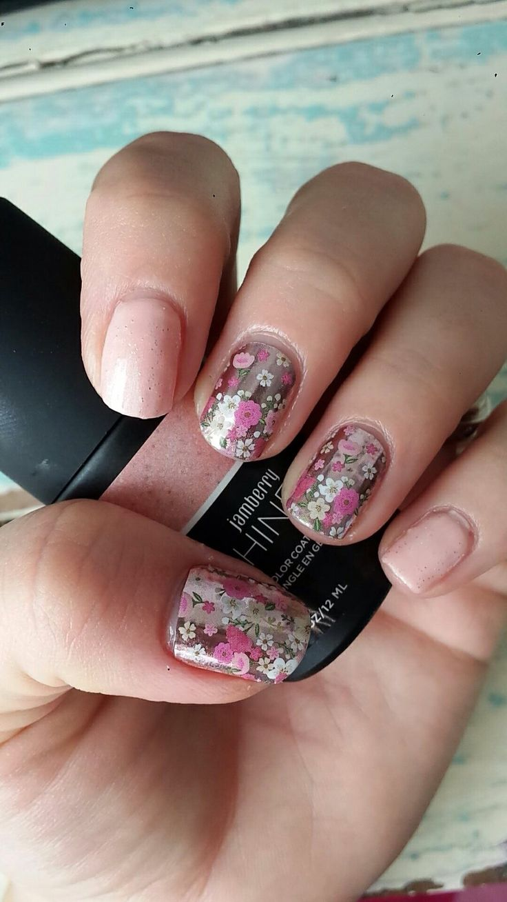 May 2016 Sisters Style Floral Fusion. We're Blushing TruShine gel layered with Rose Quartz Sparkle (Colour of the Year 2016) TruShine gel.