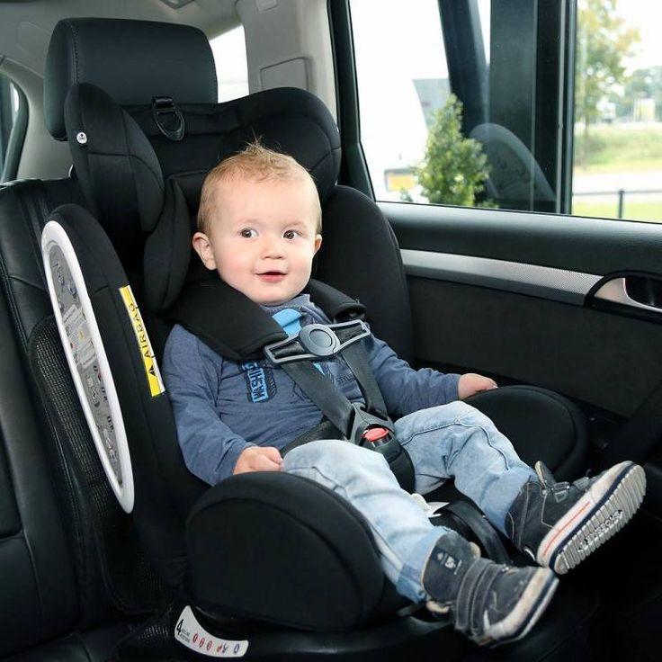 Met de gordelclip van A3 baby & kids voorkom je dat je kindje zich uit de gordels van de autostoel wurmt. De seatbelt safety clip maakt autorijden met je kindje een stuk veiliger. De kindergordelclip is eenvoudig te bevestigen op alle autostoel gordels.