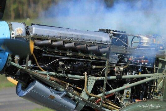 Merlin engine -  Spitfire MK IX T9