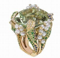 Bague Muguet (Lilly of the Valley ring) / Victoire de Castellane pour Dior  - Bijoux Dior, créations Incroyables et Merveilleuses de Dior
