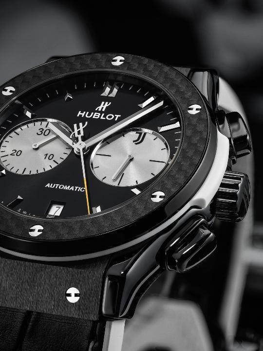 on sale 8d97f 9cd32 スイスの高級腕時計ブランド「ウブロ」がセリアAの強豪 ...