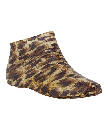 Take a look at this Tan & Brown Low Profile Ankle Rain Boot by Capelli New York on #zulily today! $18 !!