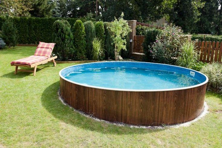 Swimmingpool im eigenen Garten