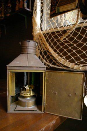 【本物】古船具船のインテリアアンティーク航海灯(両色、赤と緑)灯油式