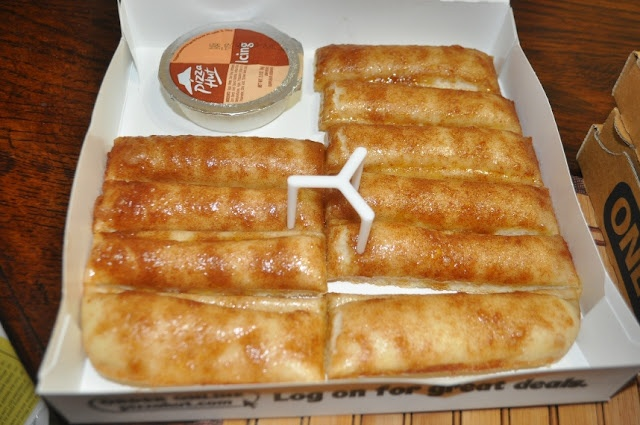 Pizza Hut Cinnamon Sticks Pregnancy cravings solved and so good