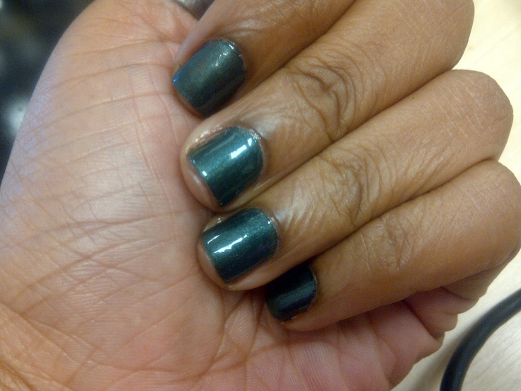Hello Dazzling...: Swatch: After Eight (Catrice): Repin Nails