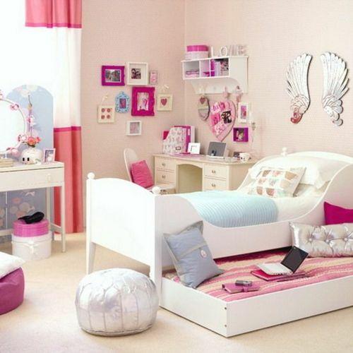 Farbgestaltung fürs Jugendzimmer – 100 Deko- und Einrichtungsideen - ausziehbett kinderzimmer mädchen sitzkissen silbern schreibtisch