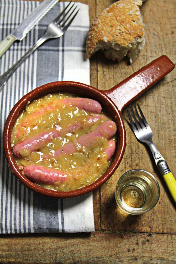 Sausage in sauce | Un soltero en la cocina: Salchichas en salsa