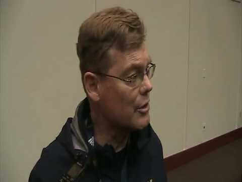 Post-Practice Interview: Notre Dame safeties coach Bob Elliot  Fighting Irish safeties coach Bob Elliot discusses adding a large group of safeties to the roster and the importance of having a veteran presence.