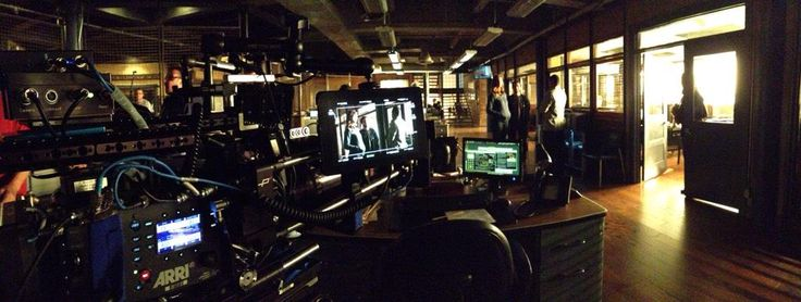 "Andrew Bikichky on Twitter: ""Shooting on the Bullpen set. Daylight look from truss maxi-lights Ep803 #Castle http://t.co/cW4naMd9Qj"""