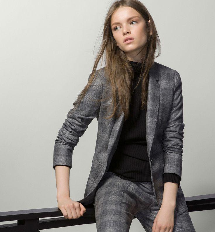 Abrigos, pantalones, faldas y vestidos en la colección Premium de Massimo Dutti otoño invierno 2015/16