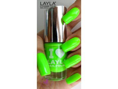 Light Green Fluo, geweldig neonlakje van Layla. Slechts € 3,90 per stuk.