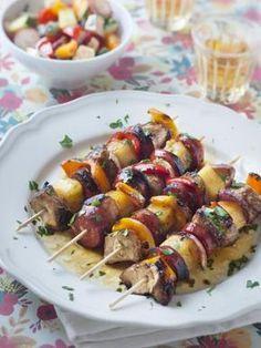 Brochettes de poulet et chorizo sauce soja, chorizo, poivron rouge, blanc de poulet, huile, oignon, poivron, comté, miel