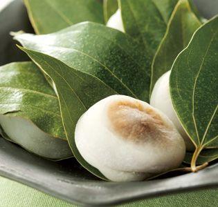 八代 [白玉屋新三郎] 香り白玉 :米飴・白玉づくり300年以上
