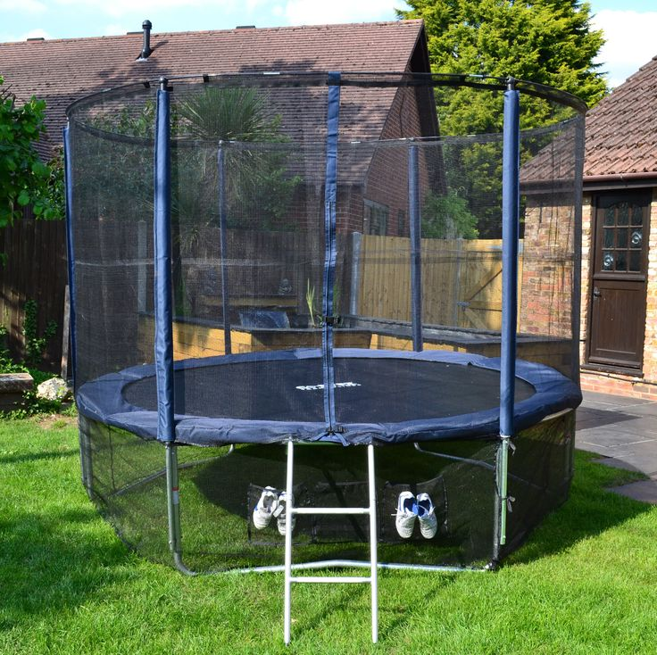 Cortez Deluxe Oxford 10ft Trampoline with Enclosure, Ladder and Full Accessory Kit