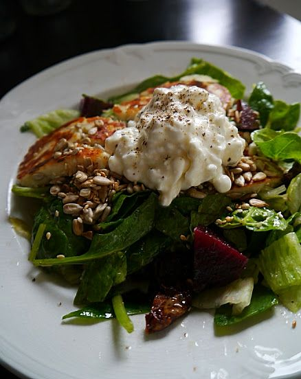Salad with cream cheese-cottage cheese. Recipe in blog!