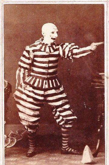 Victorian Era Scary Clown I hate clowns and this one is really scarey.