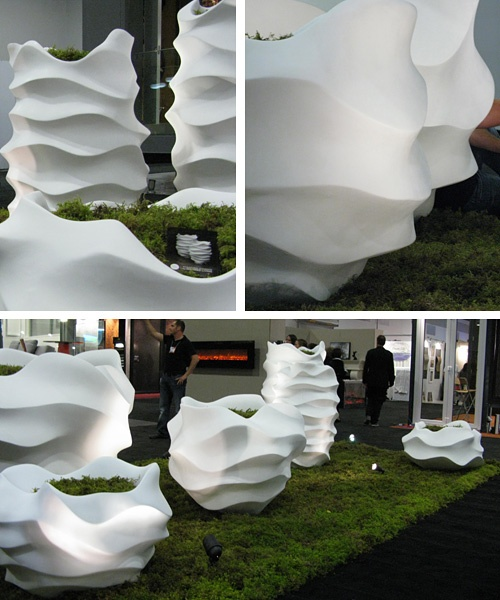 I love these outdoor landscape sculptures.