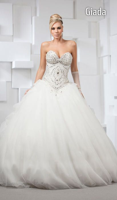 9a652699ccd5 Moda Da Alla – Modelli Sposa Di Mimmagio Abiti 2018 OiPZXku