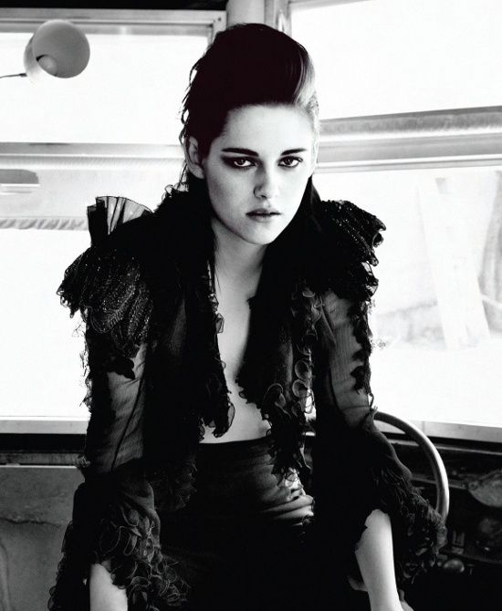 Kristen Stewart Rock on The Cover of The Magazine Flaunt