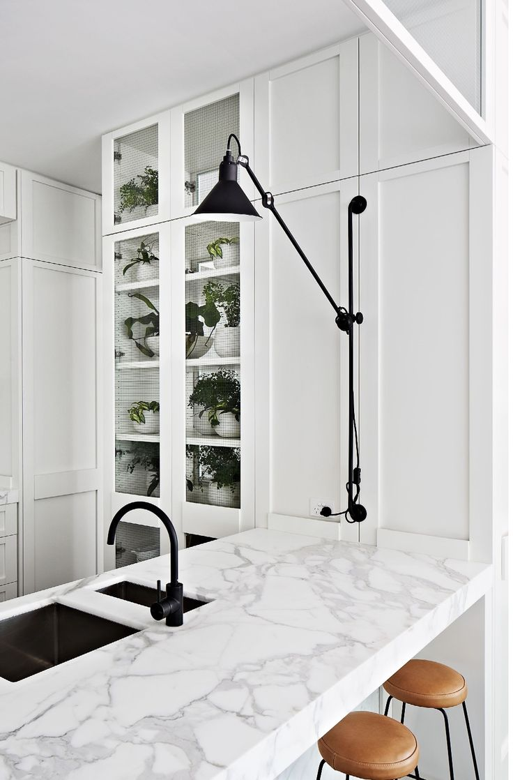 Great combo: classic + contemporary White, black & marble