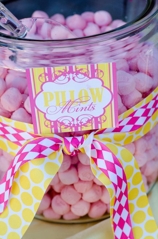 Pink & Yellow Wedding, dessert and candy bar ideas