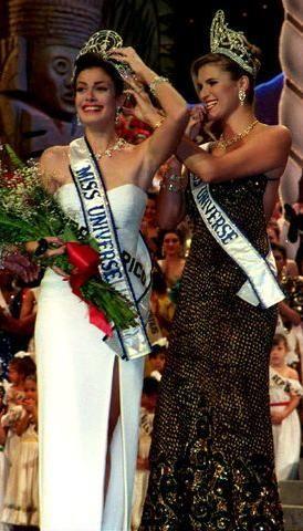 1993 Miss Universe Dayanara Torres of Puerto Rico.