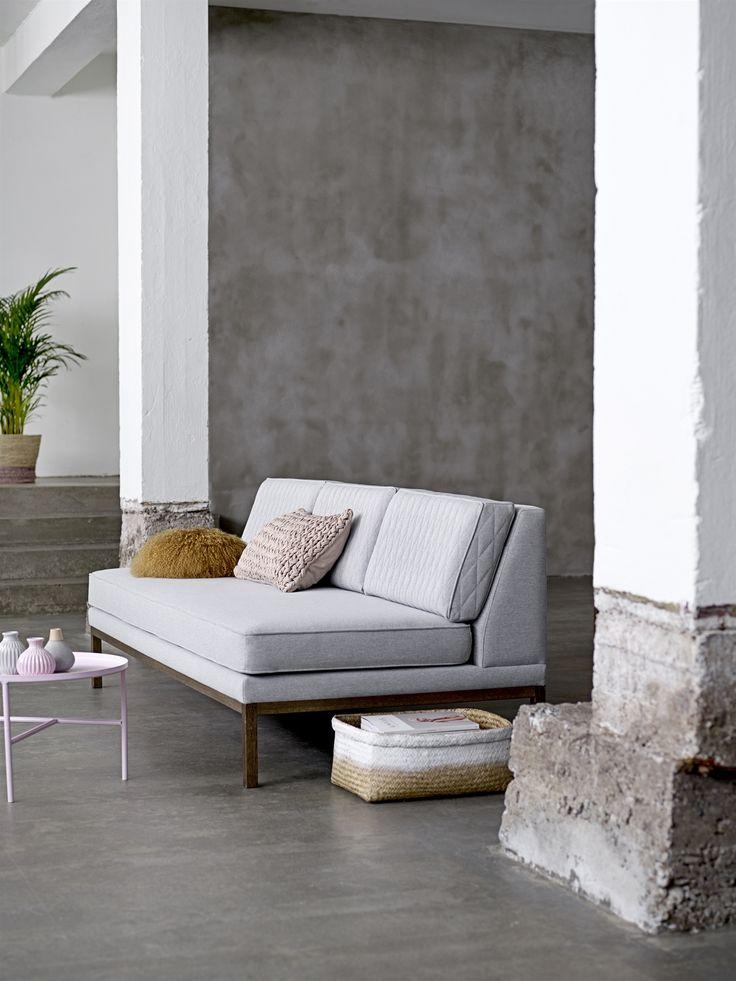 Settle Sofa