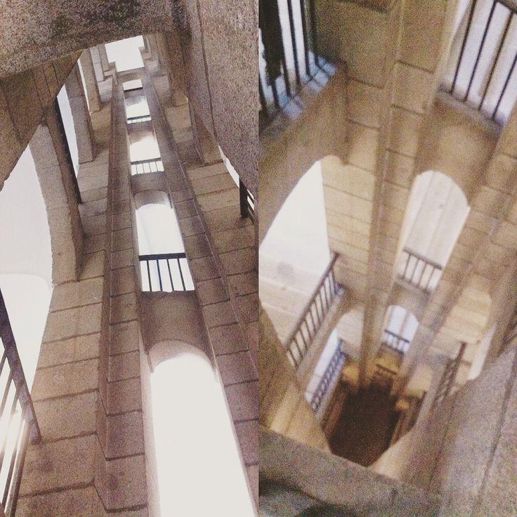 Escaleras museo Reina Sofía (Madrid)