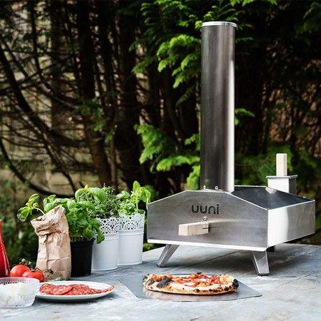 Garden-Wood-Fired-Pizza-Oven-Uuni.jpg