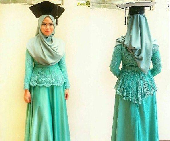 Model Kebaya Syar'i Untuk Wisuda Modern http://idemodelkebayamodern.com/model-kebaya-wisuda-syari-untuk-wanita-muslimah-modern/