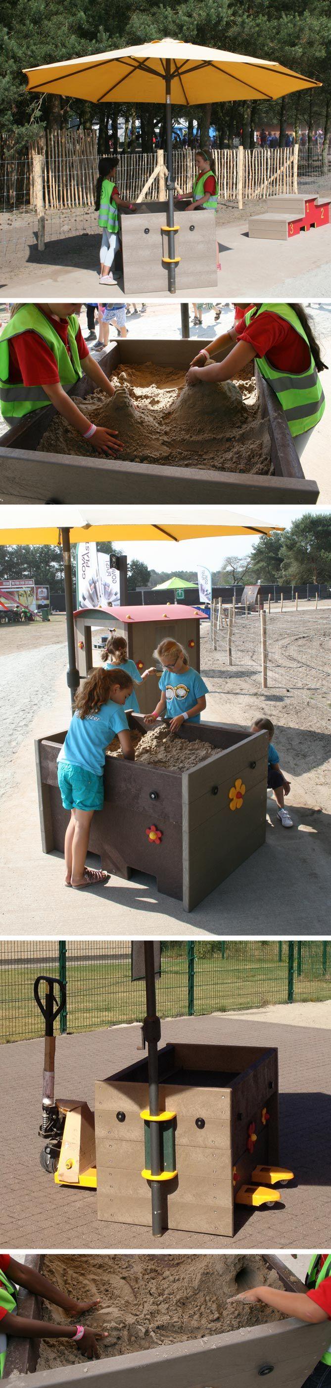 Verplaatsbare zandbak voor op de speelplaats/schoolplein. Bac à sable mobile pour la cour de récré. www.govaplast.com Rotvrij, verplaatsbaar tav de zon, afdekbaar, hygienisch, verschillende hoogten mogelijk.