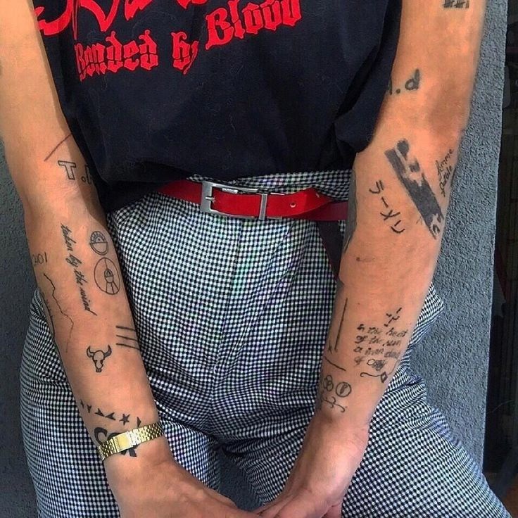 samoan tattoos chest Samoantattoos Tribal sleeve