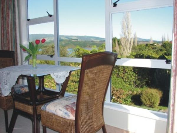 Rotorua Holiday Apartment Rental - 1 Bedroom, 1.0 Bath, Sleeps 2