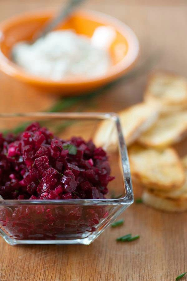 Roasted beet tartare recipe. Tasty snack or appetizer using roasted ...