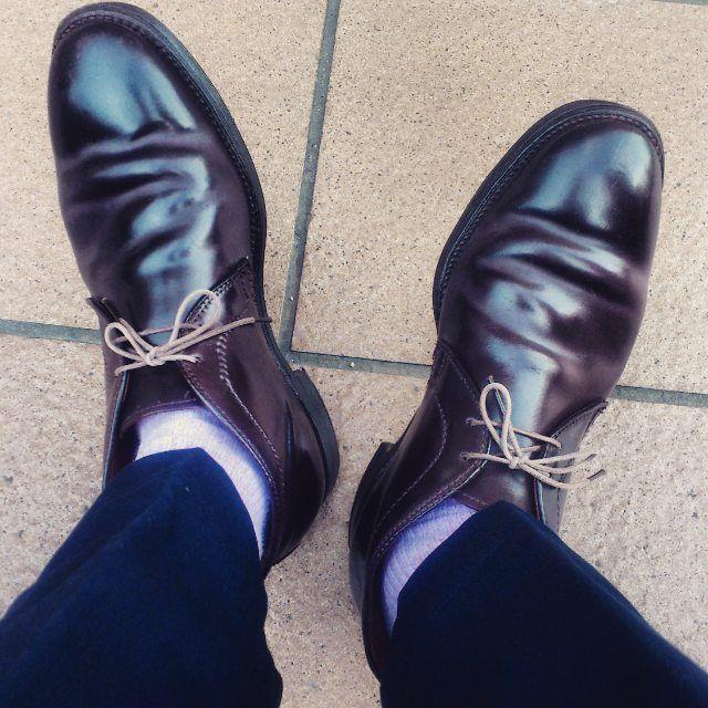 "2017/07/26 18:45:21 vaguechamps Alden Cordovan Chukka Boots ""1339""×Thomsons Slacks  最近のいつ、どこで雨が降るか分からない状況下では、雨に弱いコードバンを選択することにちょっとしたドキドキを感じてしまいます。  #alden#chukkaboots#chukka#boots#1339#barrielast#cordovan#burgundy#thomsons#ships#slacks#オールデン#バリーラスト#コードバン#チャッカブーツ#トムソン#シップス#スラックス#足元倶楽部"