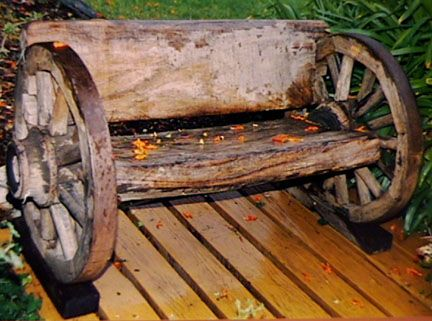 Old Wagon Wheel Bench With Hardwoods